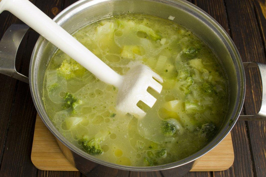суп-пюре из брокколи и цветной капусты диетический