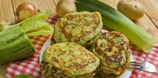 Картофельные оладьи с кабачками