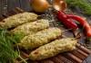 Колбаски гриль из куриного филе с острыми и пряными приправами