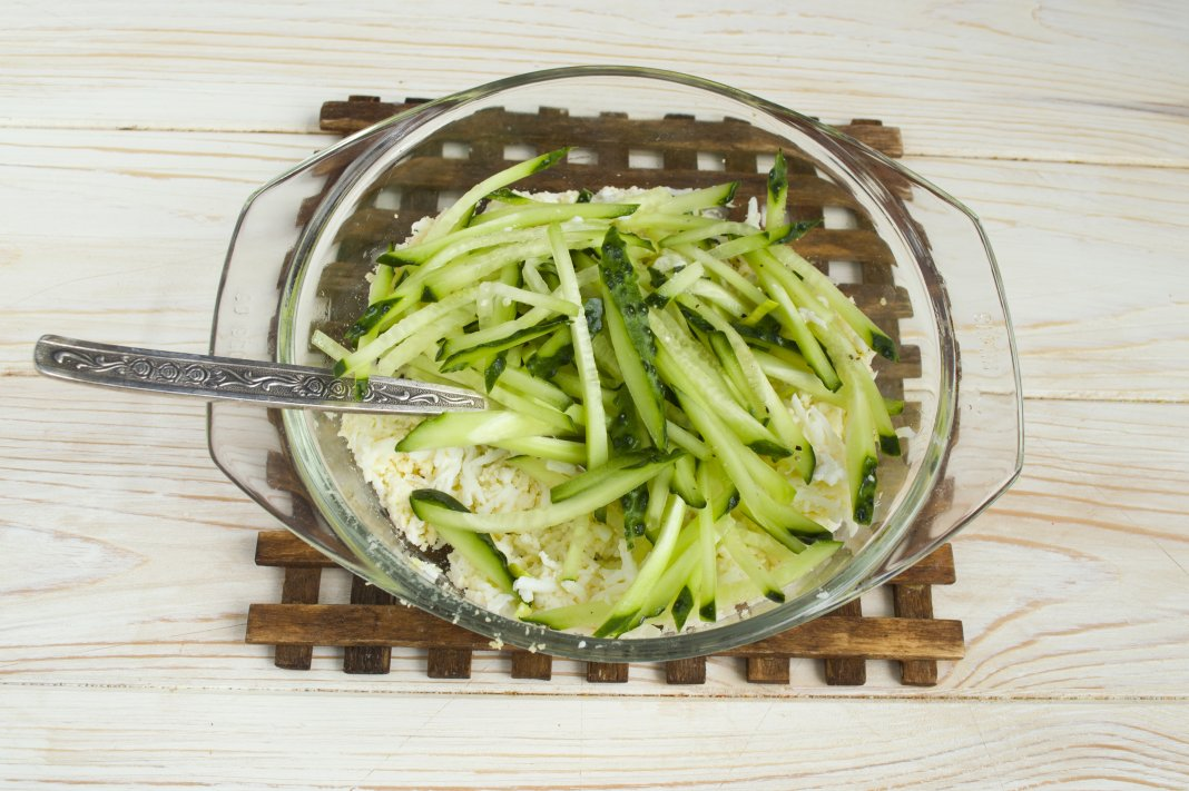 салат с фасолью и луком пореем