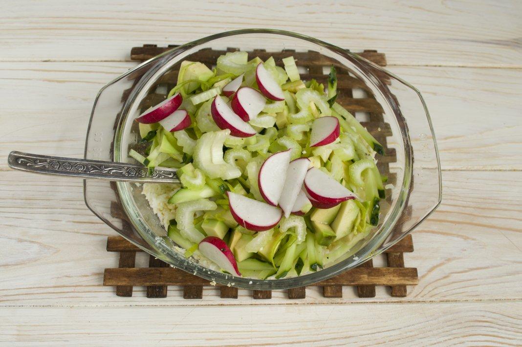 Салат с сельдереем стеблевым рецепты с по шагам