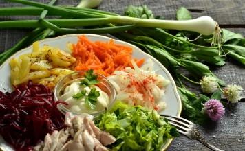 Салат из овощей с мясом «Радуга»