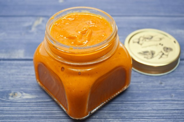 Острый соус с чили и помидорами черри