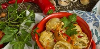Фаршированные макароны в томатном соусе