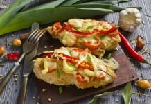 Вкусное куриное филе с сыром в духовке