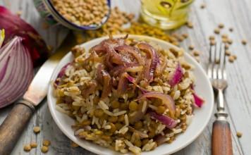 Муджадара — рис с чечевицей