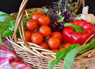 Овощи и зелень, выращенные с применением микробиологических удобрений