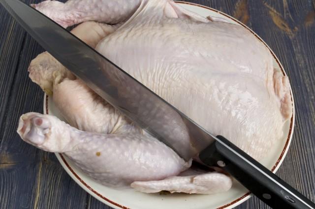 Разделываем тушку цыплёнка