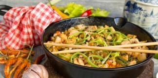 Курица с овощами по-китайски