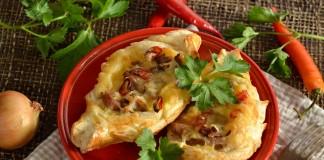Слойки с мясом, картошкой и сыром