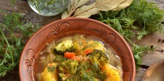 Вкусный постный суп с картошкой и брокколи