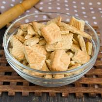 Смешиваем печенье с орехами