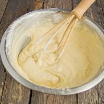 Замешиваем кремовое и шелковистое тесто