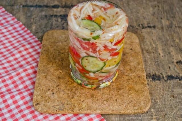 Храним салат «Витаминный» в прохладном месте