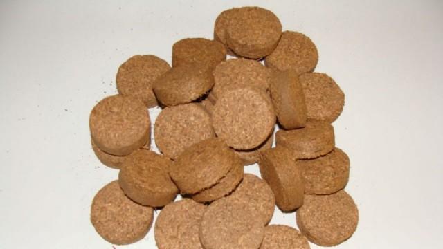 Кокосовые таблетки, («кокогрунт») выполнены из спрессованного кокосового материала