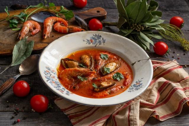 Яркий крем-суп с морепродуктами