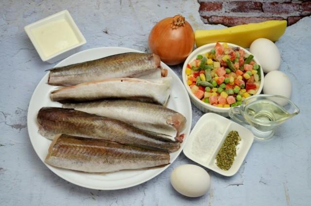 Ингредиенты для рыбной запеканки с овощами и сырным соусом