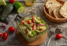 Постный салат с авокадо