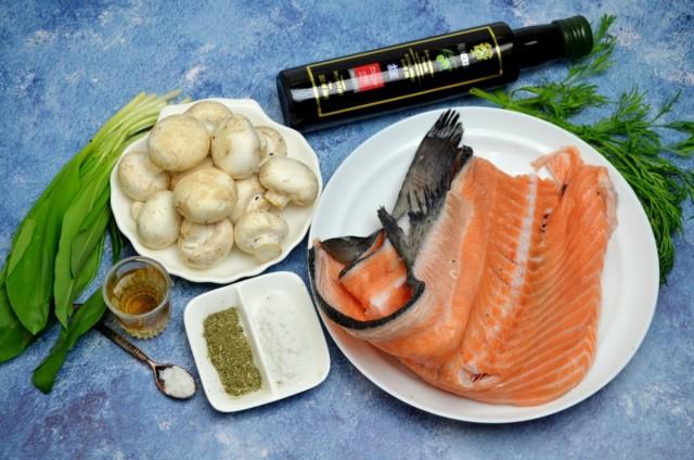 Ингредиенты для салата с черемшой, лососем и шампиньонами