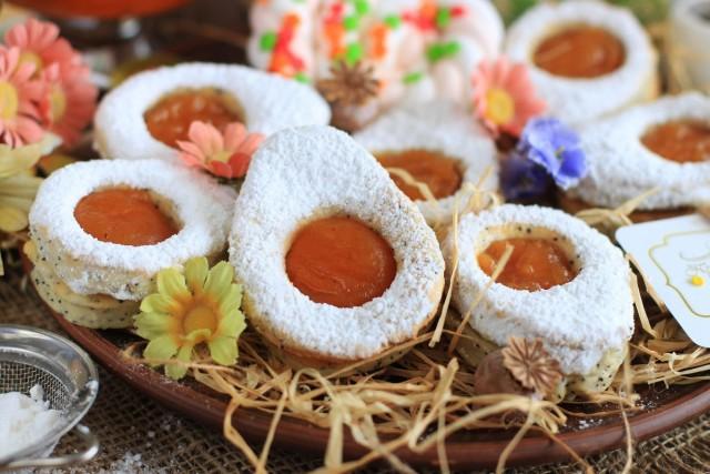Творожное печенье «Пасхальные яйца» с абрикосовым джемом готово!