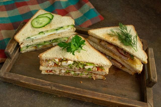 3 вкусных сэндвича готовы!
