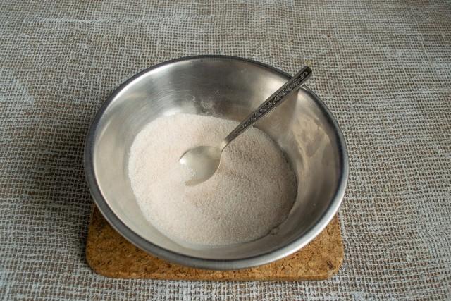 Смешиваем сахар с пектином