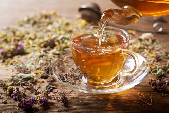 Как я заготавливаю травяной чай на зиму