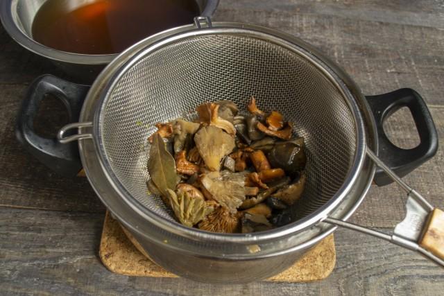 Готовим грибной бульон