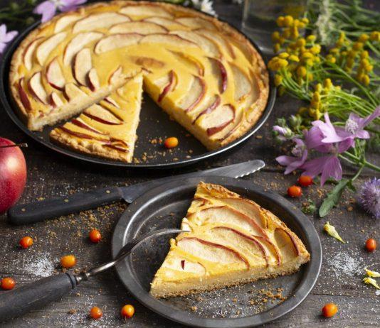 Творожный чизкейк с облепихой и яблоками