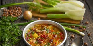 Густой фасолевый суп с картошкой и фенхелем