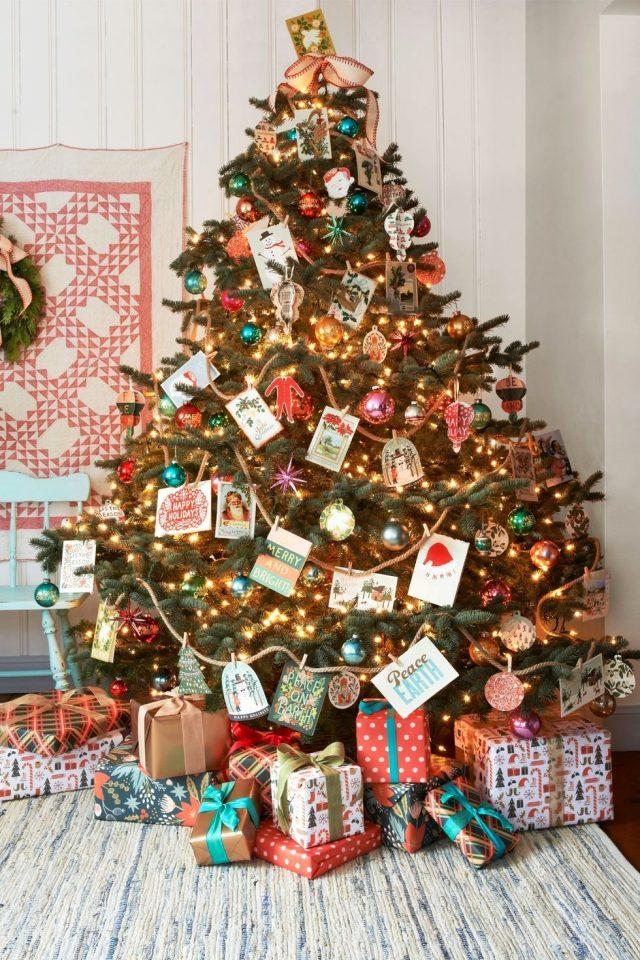 Открытки на новогодней ёлке