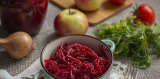 Свекольный зимний салат — вкусный и яркий