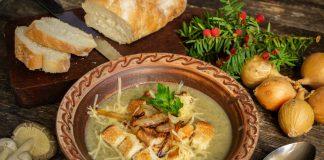 Вкусный грибной крем-суп с гренками