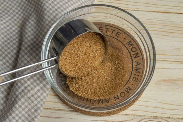 Берем тростниковый сахар