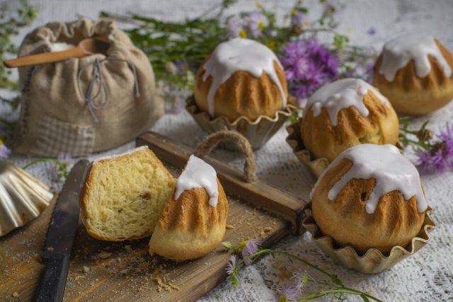 Сладкие булочки с помадкой