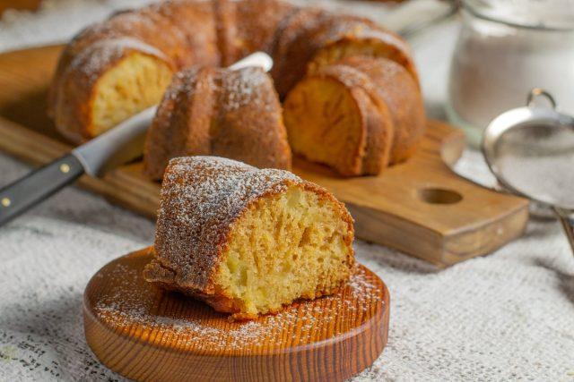 Ананасовый кекс из самых простых продуктов
