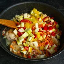Добавляем сладкий болгарский перец