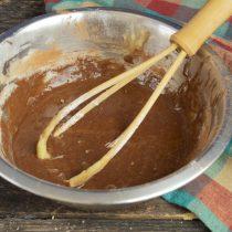 Добавляем несладкий порошок какао, перемешиваем