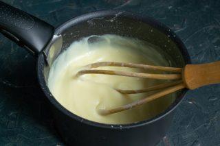 Готовим заварной крем для бисквитного торта