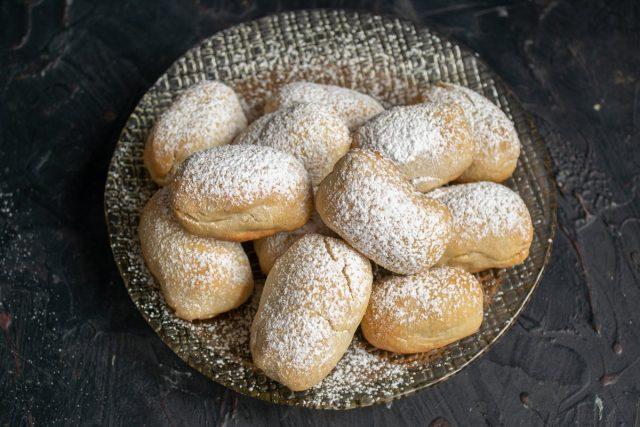 Нежное печенье с финиками и миндалём готово