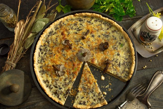 Грибной киш, или песочный пирог с грибами