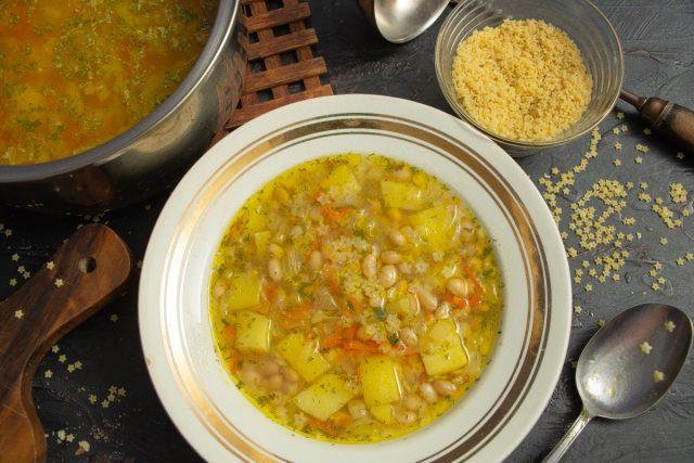Постный фасолевый суп со звёздочками