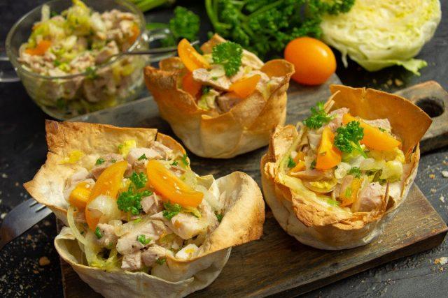 Полезный мясной салат в лаваше, или Шаурма по-новому
