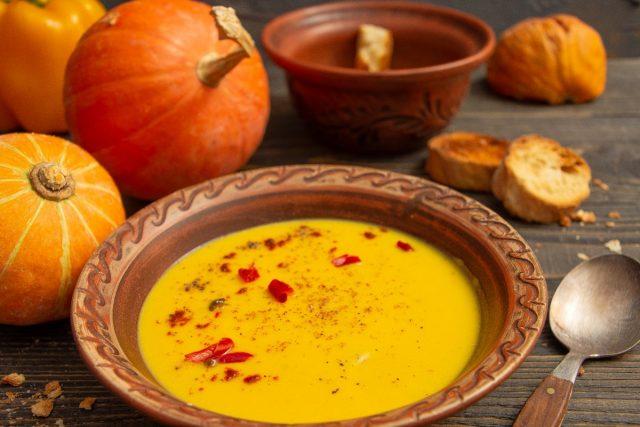 Сливочный тыквенный суп с бататом