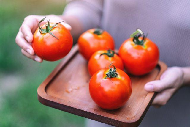 Зимние сорта томатов, которые у меня сохранились в свежем виде до весны
