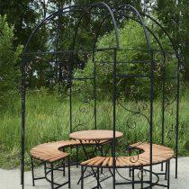 Круглая беседка со скамьями и столом