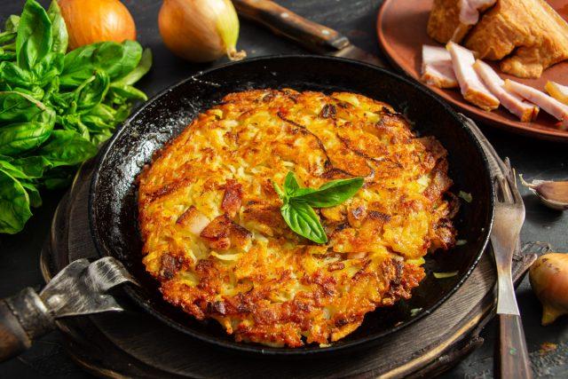 Рёшти с беконом и сыром, или швейцарский драник