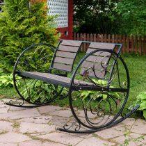 Металлическое кресло-качалкой со спинкой и сиденьем из ДПК