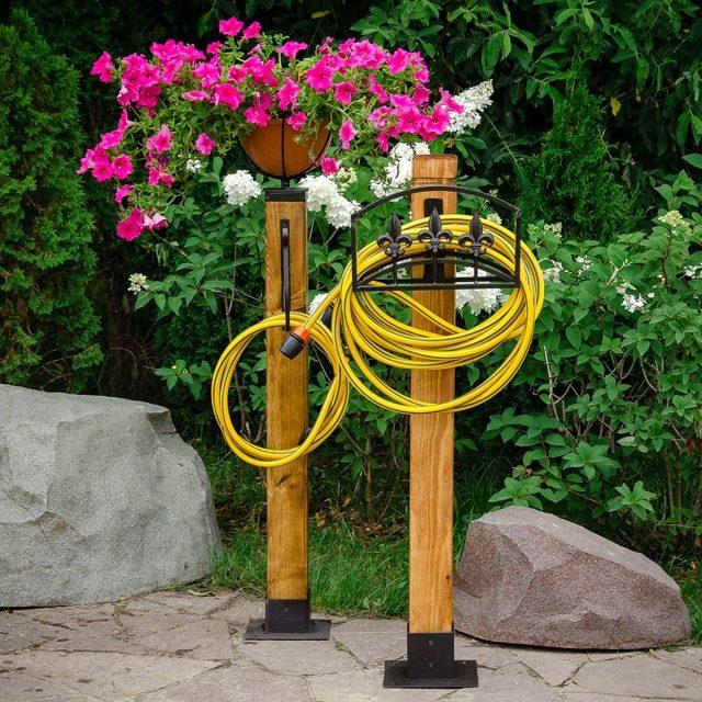 Садовые стойки-держатели для шлангов
